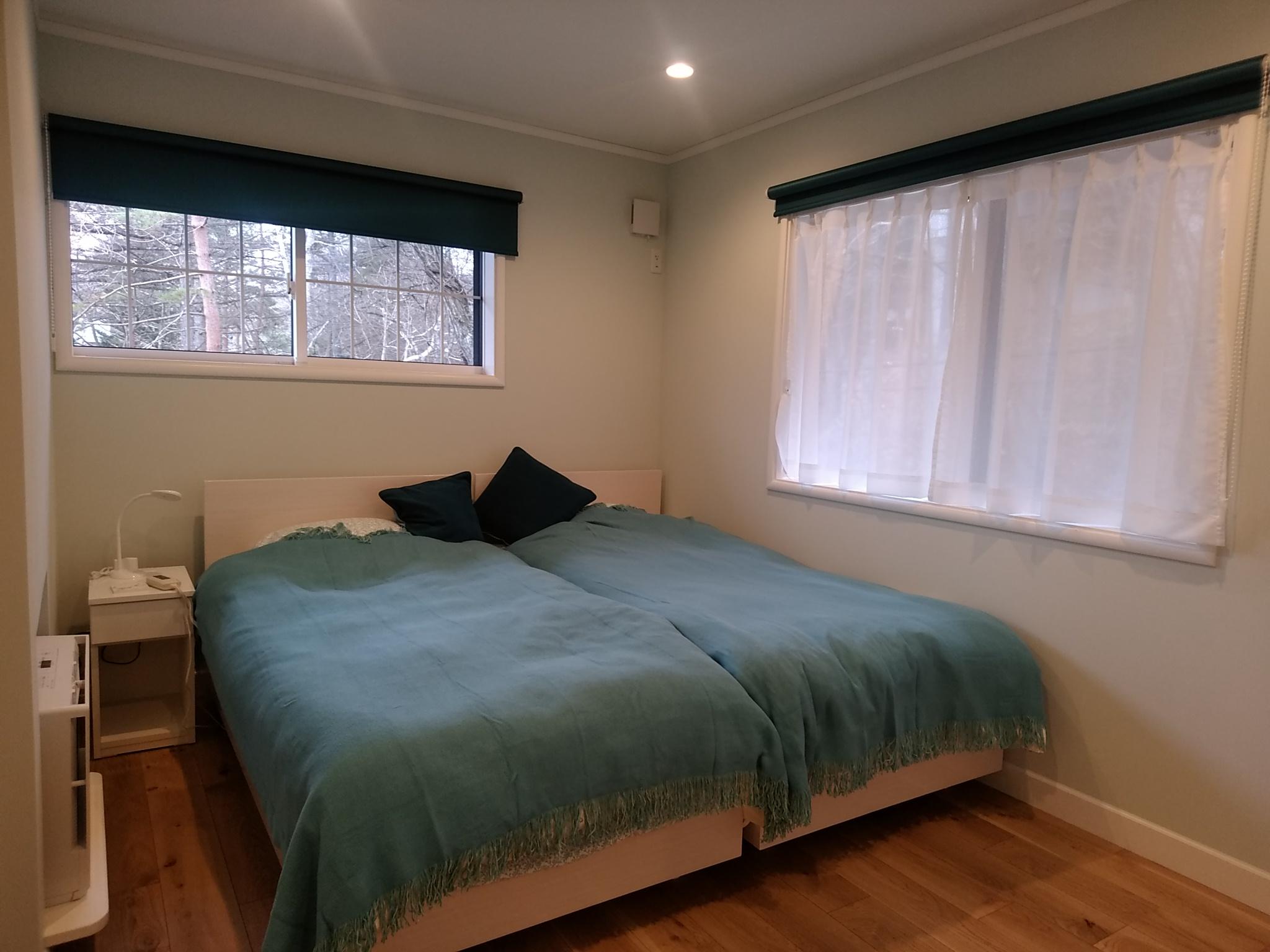 折り上げ天井の別荘_寝室