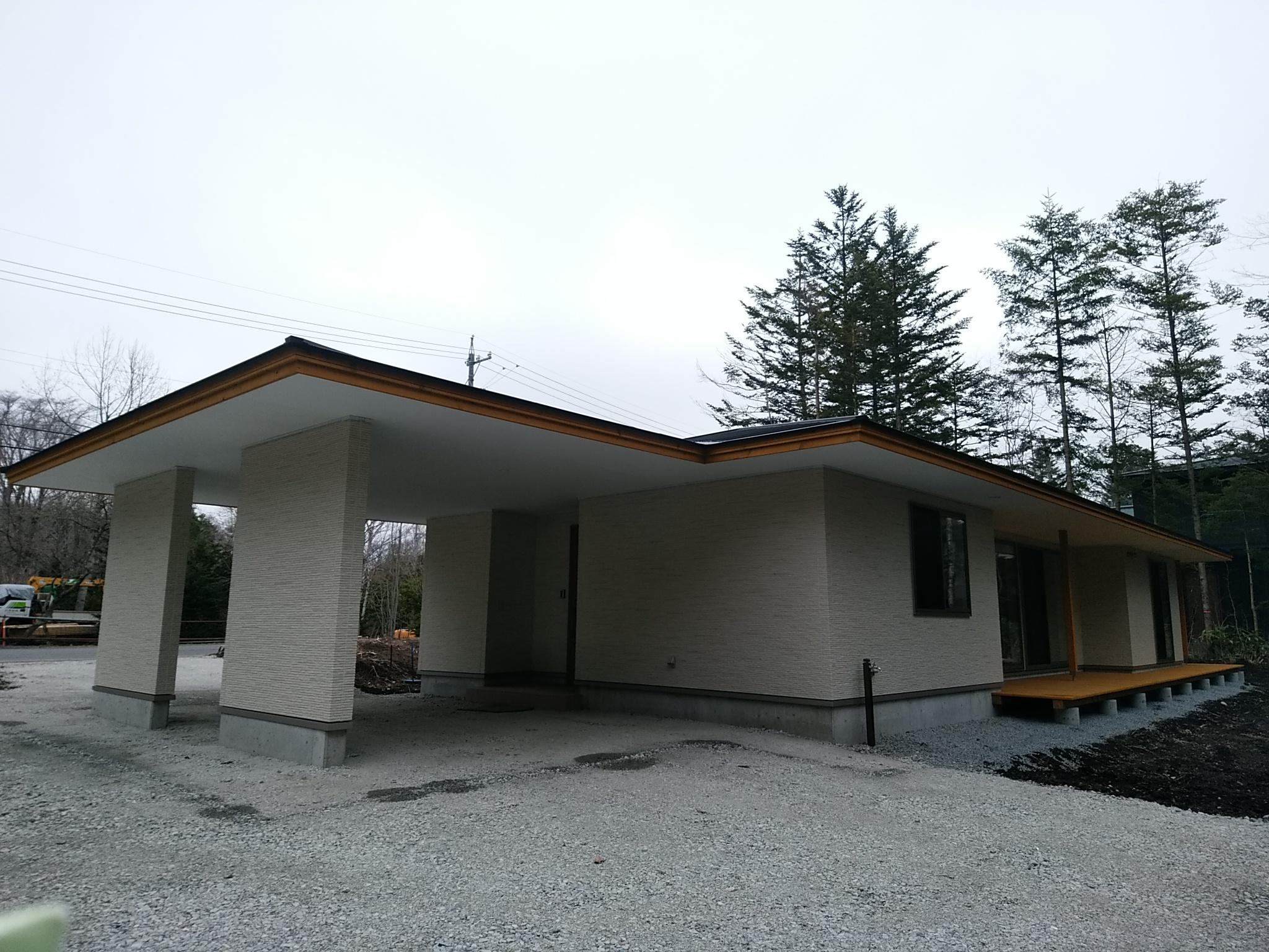 軽井沢 白 別荘