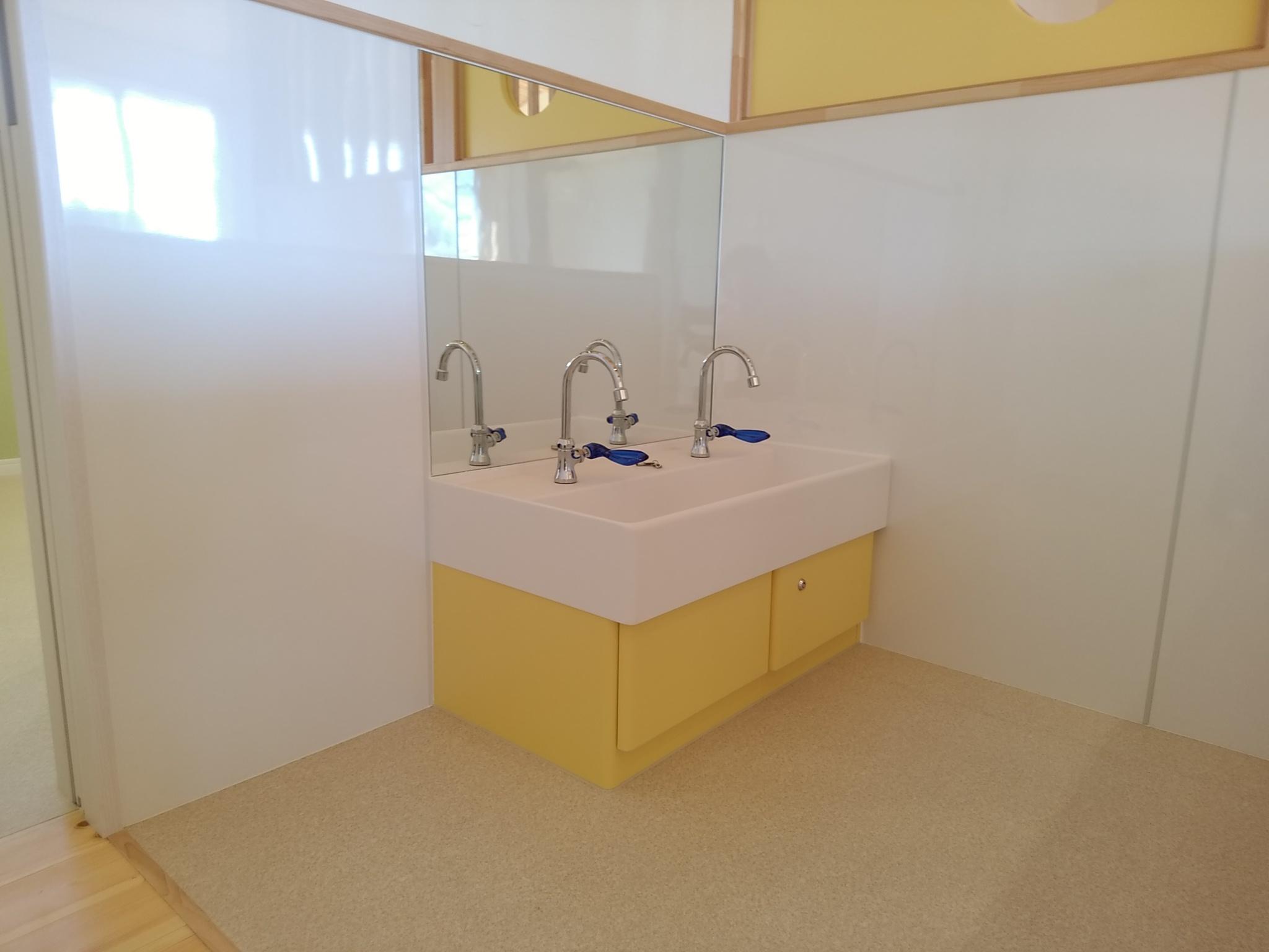 軽井沢 明るい 手洗い